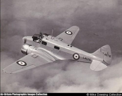 Airspeed AS10 Oxford όμοιο με εκείνο που πετούσε ο Δημητρακόπουλος (φωτο: αρχείο Mike Dowsing)